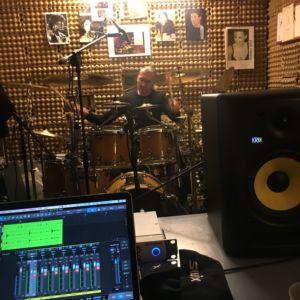 Marek nahrává v garáži 2016